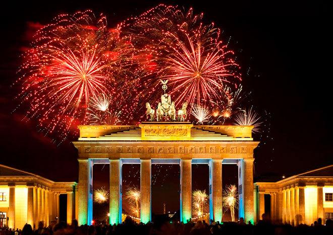390/праздничные дни в германии